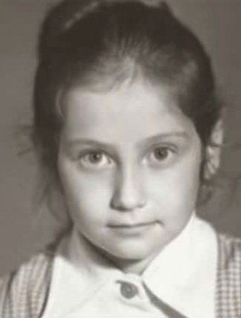 Эвелина Хромченко в детстве