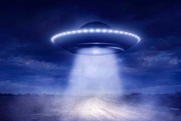 Уфолог проинструктировал, что следует делать при похищении инопланетянами