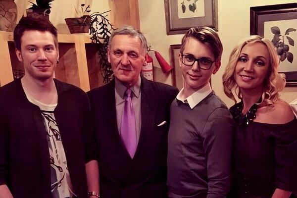 Миколас Орбакас поздравил семью Кристины с годовщиной свадьбы и показал ретро ФОТО