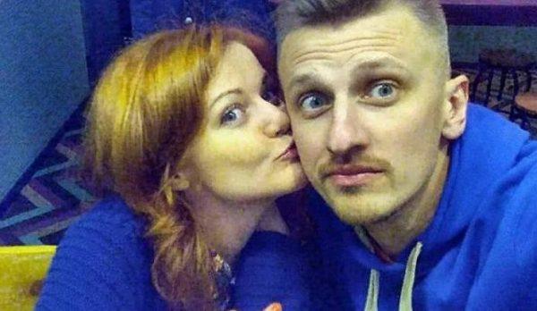 Александр Смол с женой