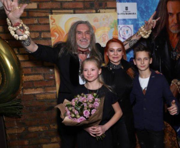 Джигурда, Марина Анисина и дети