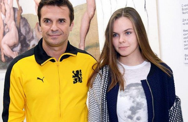 Все жены и дети Сергея Астахова