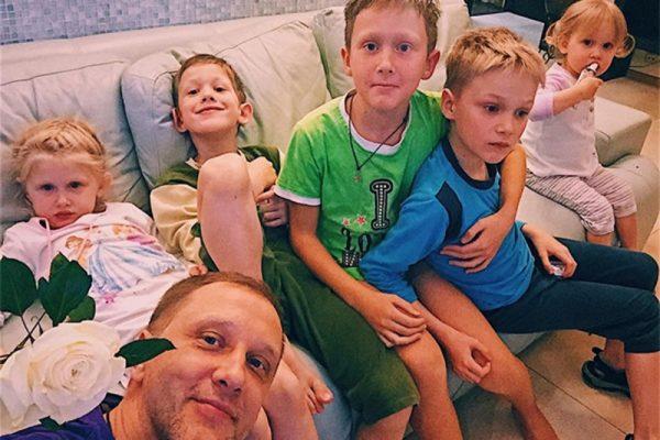 Сергей Горобченко с детьми