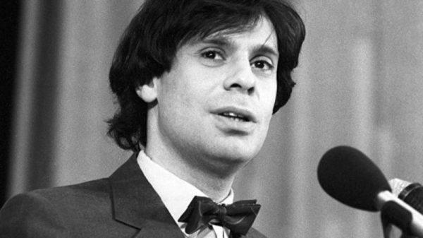 Ефим Шифрин на сцене