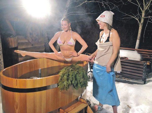 Волочкова и Собчак в бане