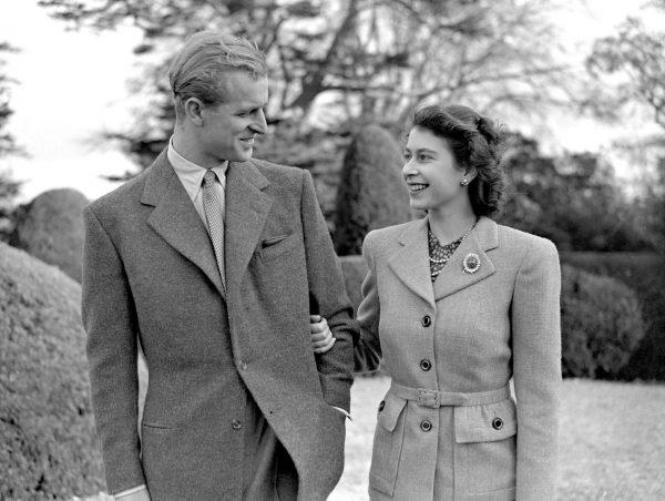Елизавета вторая и принц Филипп