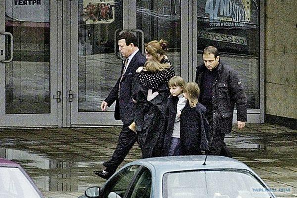 Иосиф Кобзон с детьми
