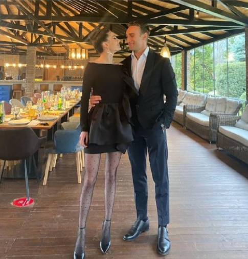 Ираклий М с девушкой Фото https://t.me/Kulturnaya_Prachechnaya