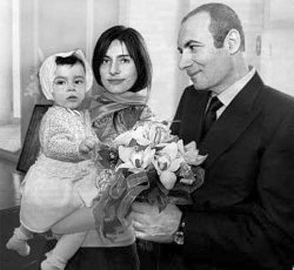 Игорь Крутой с первой семьей