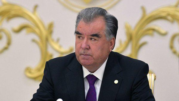 Президент Таджикистана впервые публично высказался о Маниже