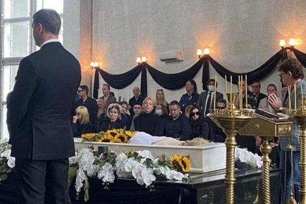 Прощание с Валентиной Легкоступовой
