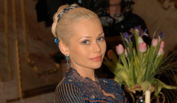 Звезда «Бедной Насти» Елена Корикова заговорила о зависимости