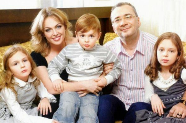 Яна Сумм, Константин Меладзе с детьми