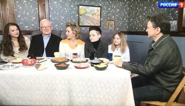 Мария Порошина показала сына на телевидении