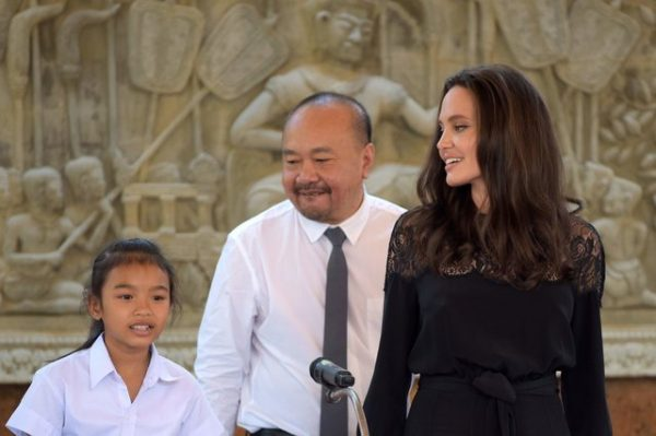 Тень Энистон: На самом деле Анджелина Джоли мстит Брэду Питту
