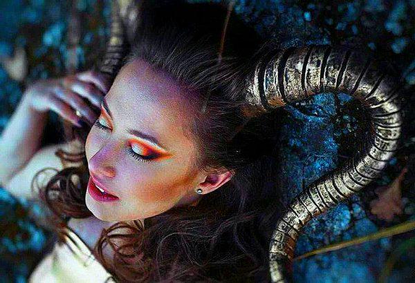 Capricorn zodiac sign woman