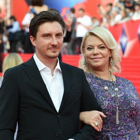 Яна Поплавская с мужем