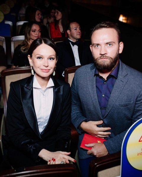 Ирина Безрукова с pr-менеджером Станиславом