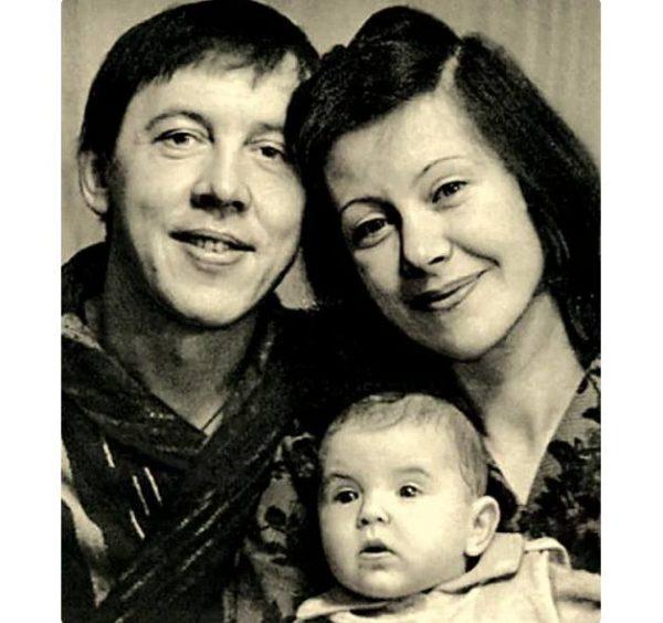 Валерий Золотухин, тамар и сын Серёжа. Фото