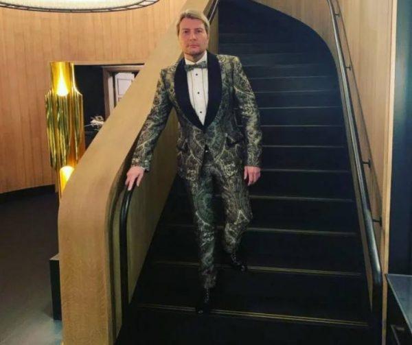 Лестница на второй этаж Фото Музыкальный кабинет. Фото telesem.ru