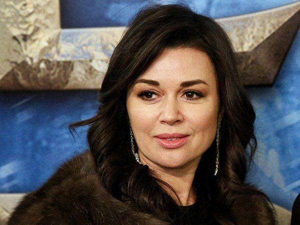 Анастасия Заворотнюк,