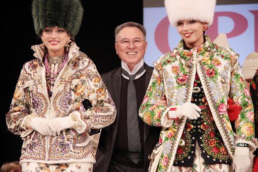"""""""Я собираюсь разобраться с ними в рамках закона"""", - сын Зайцева рассказал об окружающих модельера мошенниках"""