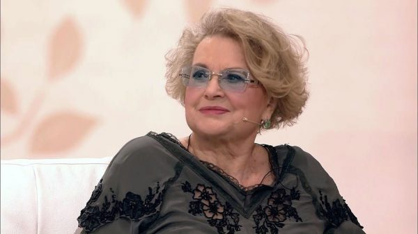 """""""Поставили иголки не там, где надо, было очень больно"""", - почему актриса Валентина Талызина оказалась в инвалидной коляске"""