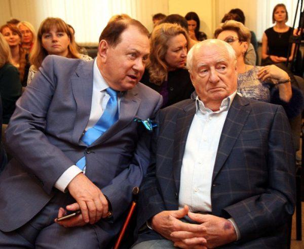 Марк Захаров, Марк Варшавер