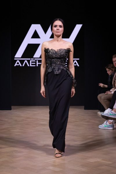 Показ мод Mercedes-Benz Fashion Week Russia