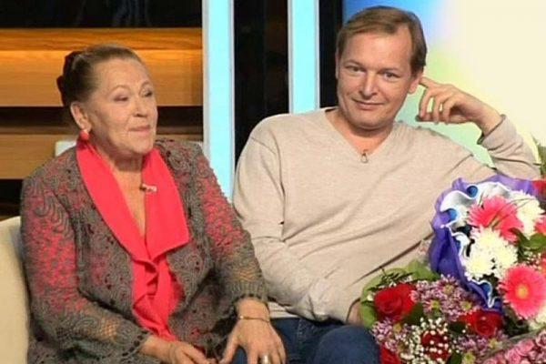 Раиса Рязанова с сыном
