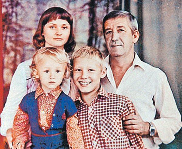 Семейное фото Брондукова