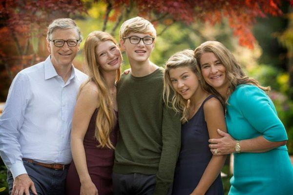 Билл Гейтс с детьми