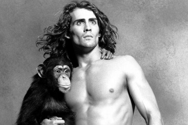 Тарзан с обезьяной