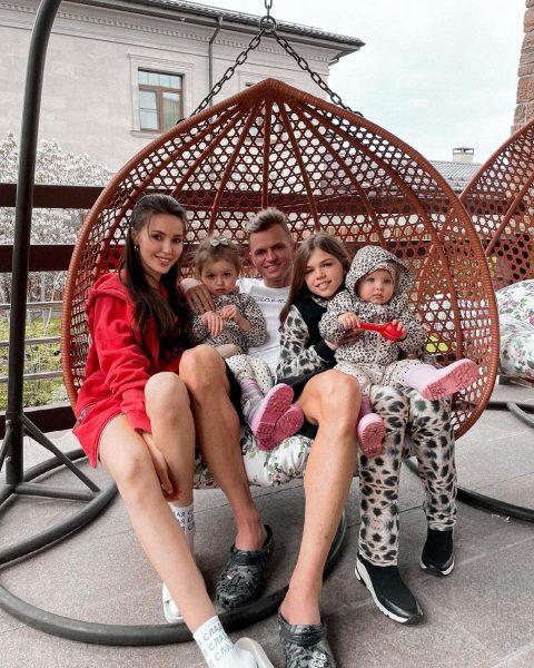 Дмитрий, Анастасия и дети
