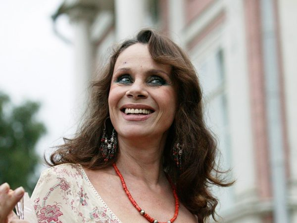 Жизнь Любови Полищук. Почему некоторые актеры не пришли к ней на похороны