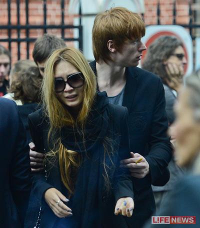 Никита Пресняков на похоронах Данилы Певцова, фото:life.ru