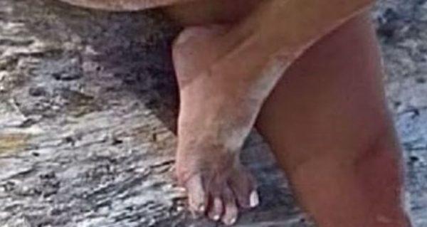 Что не так с пальцами ног Ким Кардашьян - обсуждения в Сети
