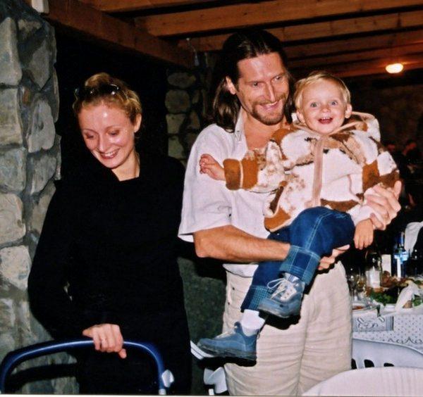 Яна Павелковская и Никита Джигурда с сыном
