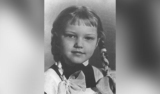 Елена Проклова в детстве. Фото