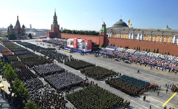 Павел Майков раскритиковал парад Победы