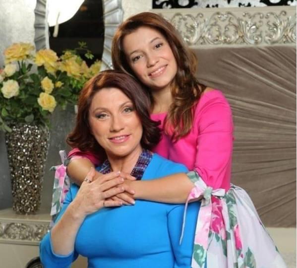 Роза Сябитова с дочкой Ксенией