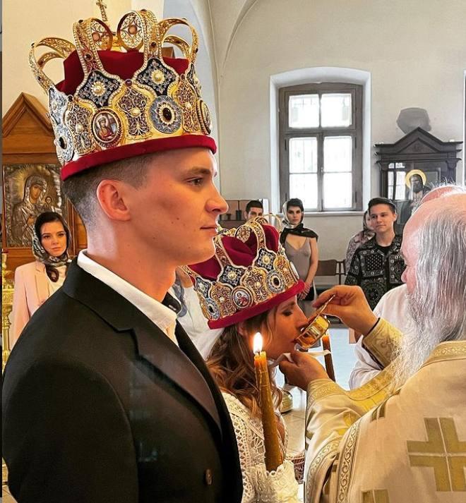 Таинство венчания Анфисы Охлобыстиной и ее мужа
