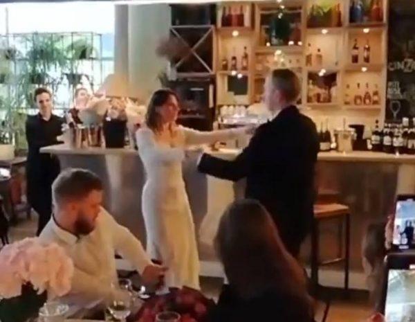 Иван Охлобыстин танцюет с дочерью-невестой