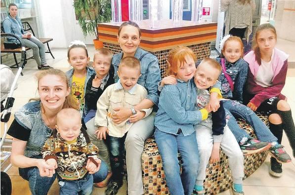 Семейная жизнь - жены с детьми