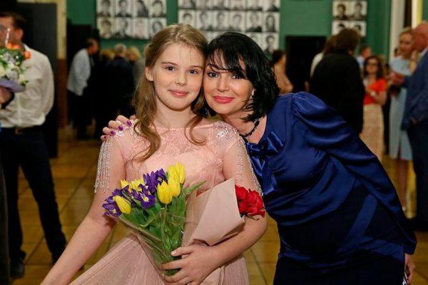 Женя Абдулова с мамой. Фото Инстаграм