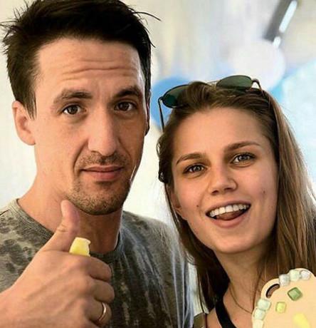 Артур Смольянинов и Даша Мельникова