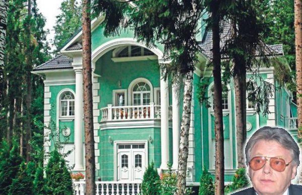 Загородный ососбняк Юрия Антонова
