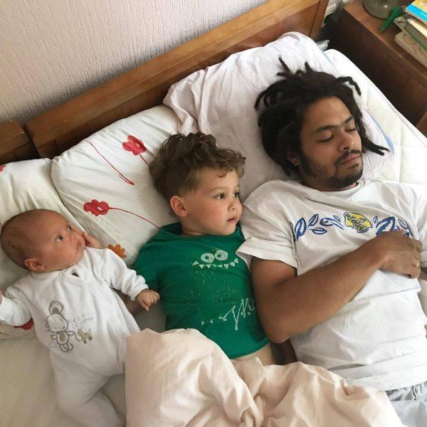 Энтони Родд с детьми. Фото Энтони Родд с женой Анной. Фото passion.ru