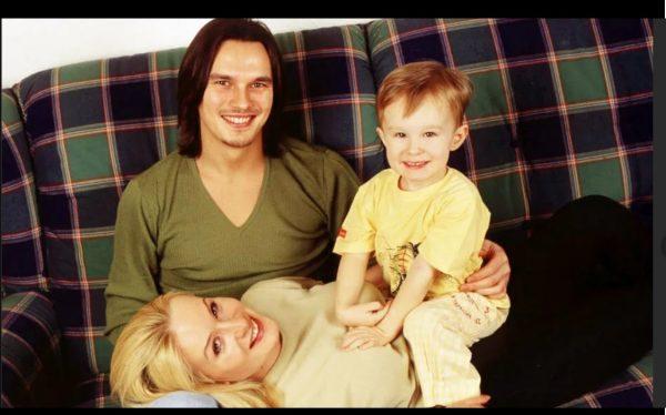 В первом браке Влад был женат на дочери миллионера Ольге Алешиной, которая родила ему сына Даниила