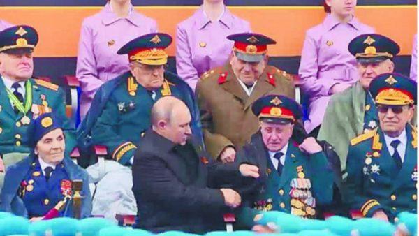 Владимир Путин и Василий Пронин, фото: НеМалахов